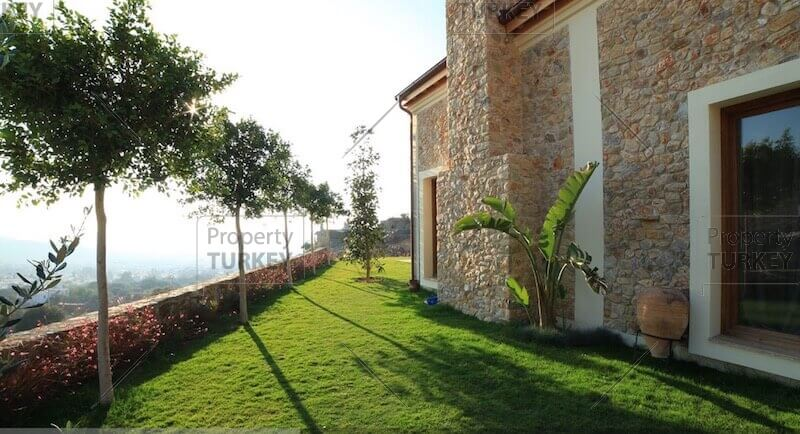 Villas rear garden