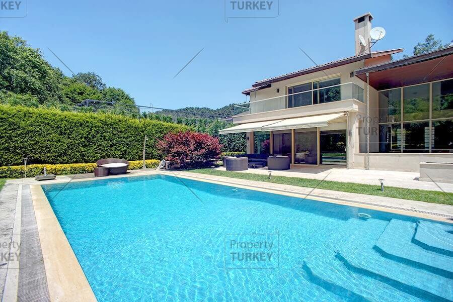 Villas swimmin gpool