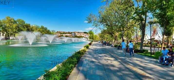 Fountains and walking areas