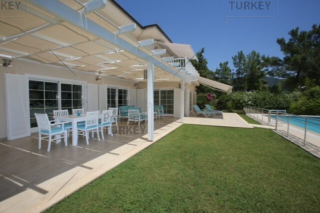 Mansion for sale in Gocek