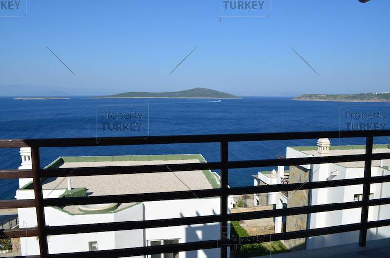 Stunning sea view villa for sale in Gundogan