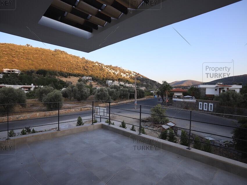 Detached property in peaceful settings in Uzumlu