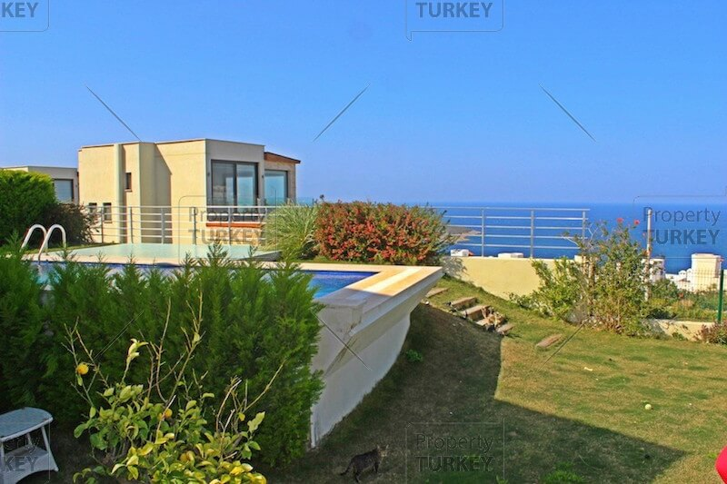 Villa with sea views