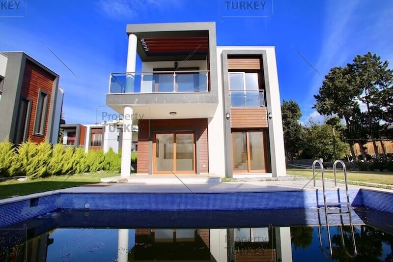 Close to the beach villa for sale in Yalikavak