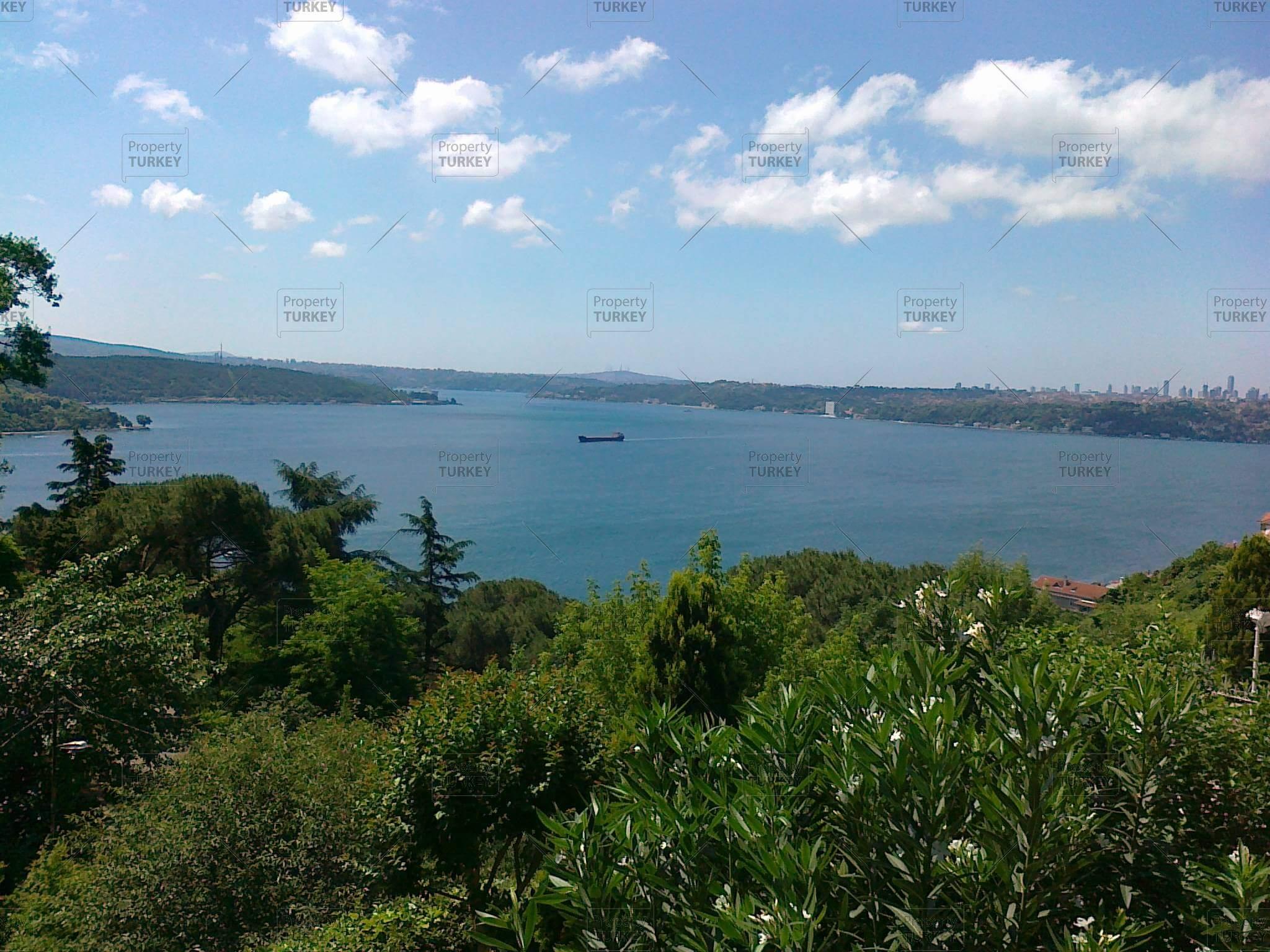 Bosporus sea