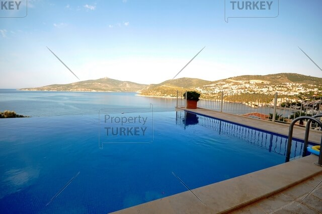 Sea view penthouse for sale
