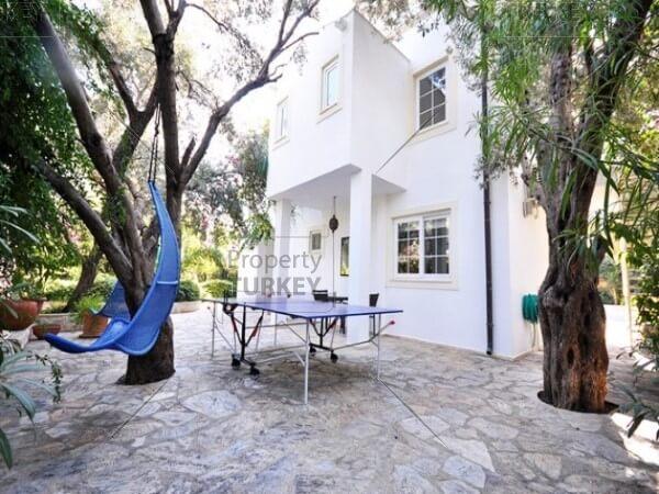 Villas oustide look