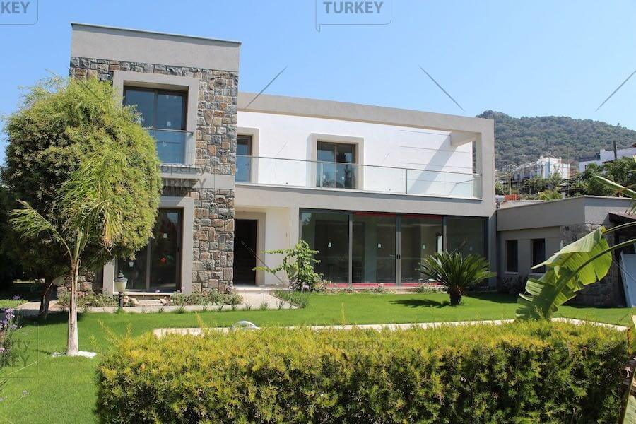 Yalikavak villa close to the sea for sale