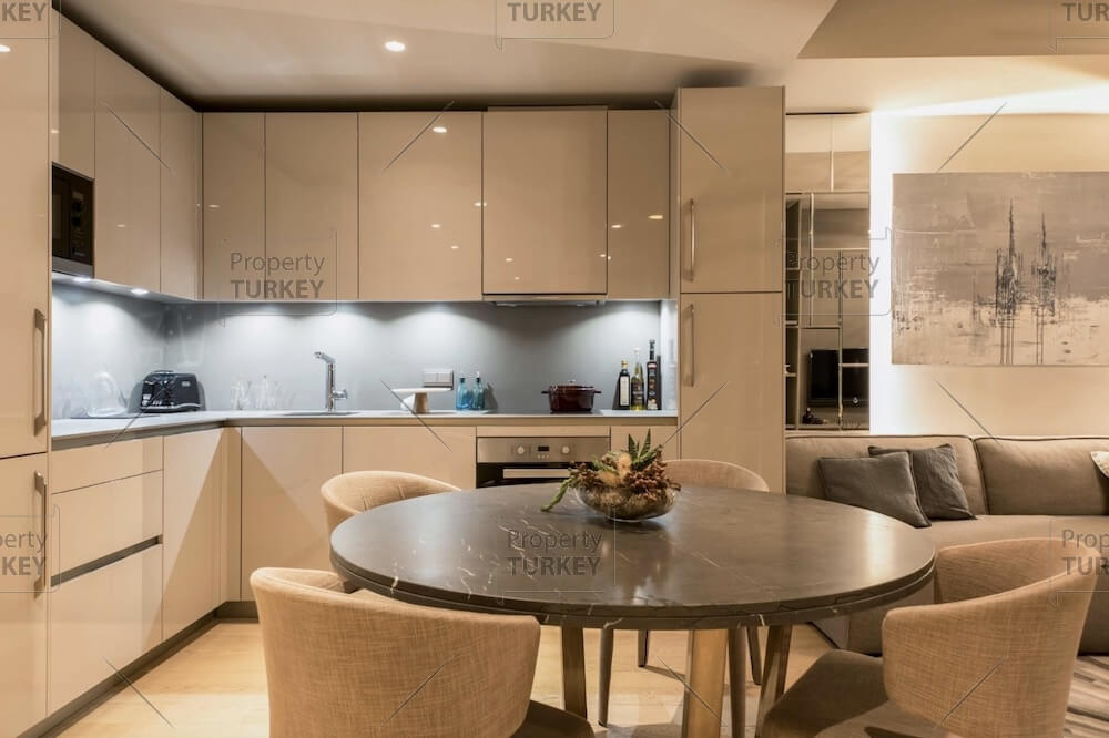 Spacious kitchen and dining space