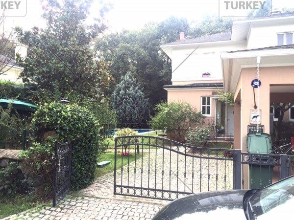 Istanbul elite villas for sale