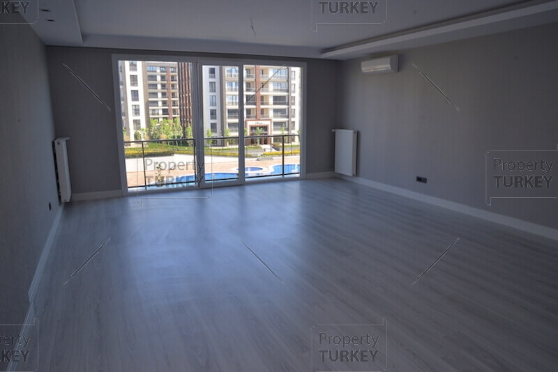 Large front room