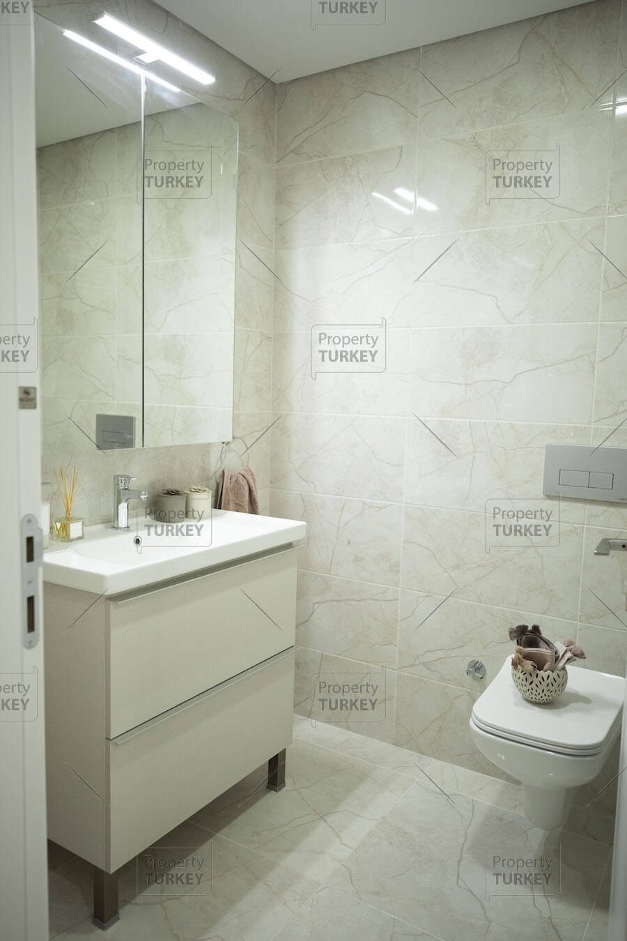 Equipped bathroom