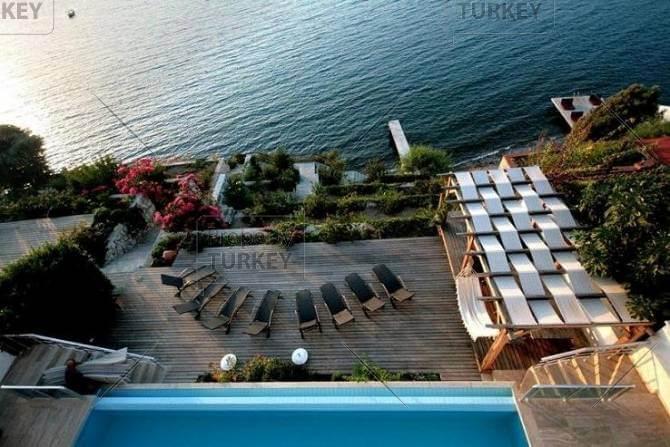 Turkish Beach home with jetty