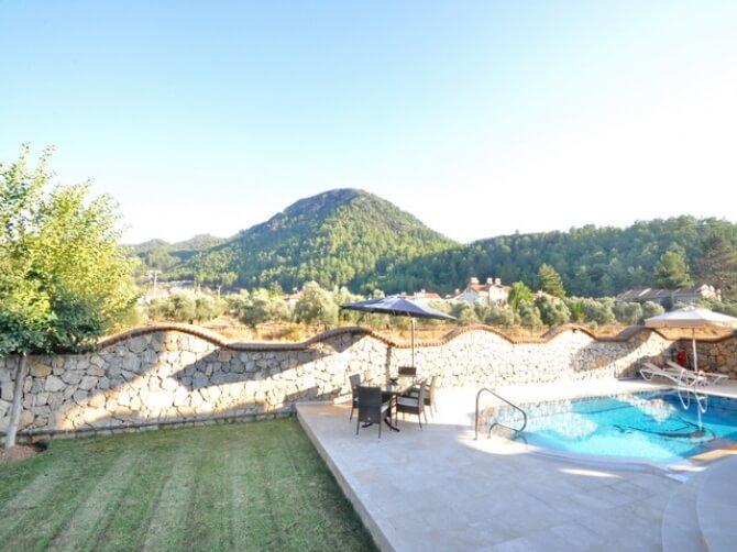 Garden mountain view