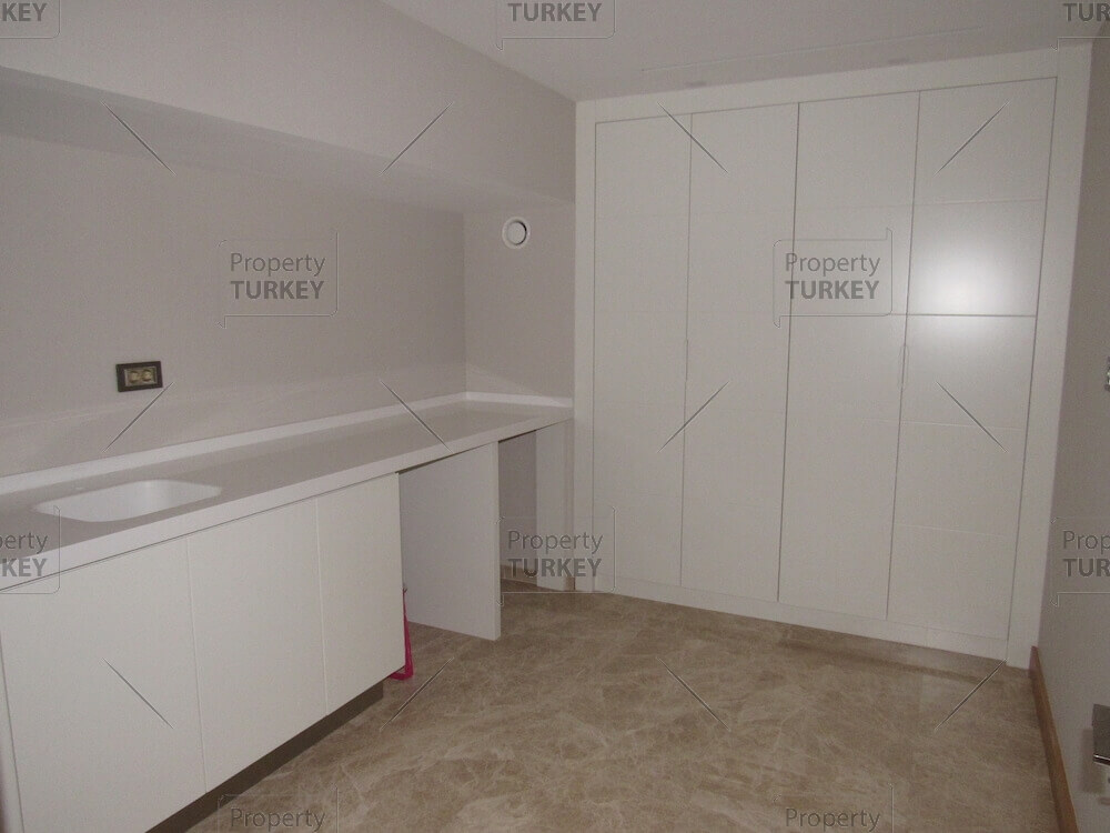 Villa with guests room