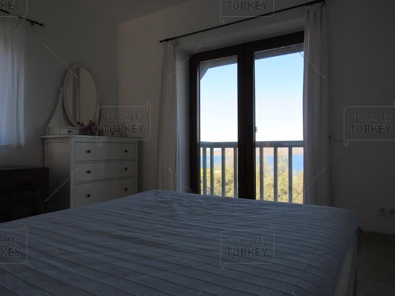 Balcony access from bedroom