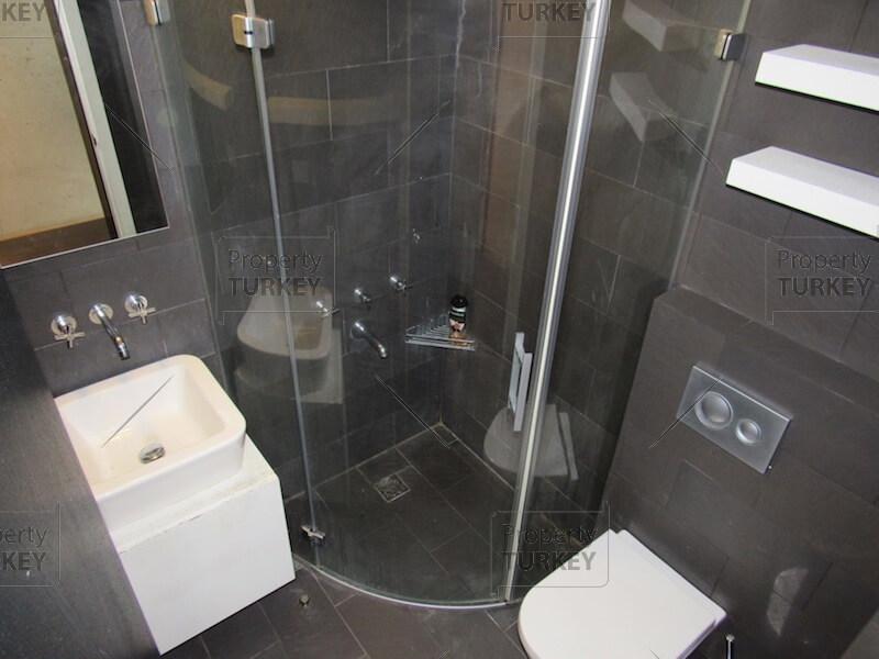 Apartments complete bathroom