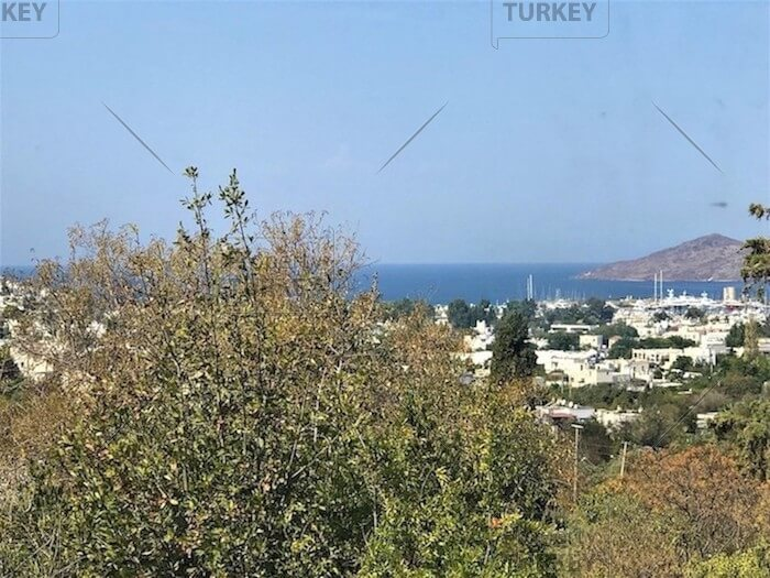 Yalikavak duplex apartment with sea views for sale