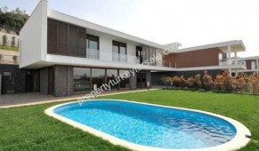 Large house for sale in Istanbul