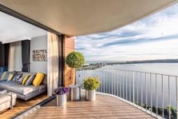 Balcony apartments