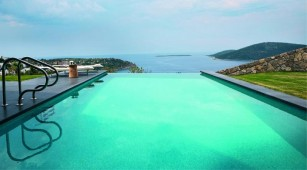 Swimming pool Hebil Bodrum seafront villa