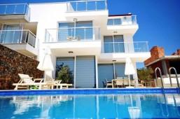 Kalkan villa for sale in Ortaalan