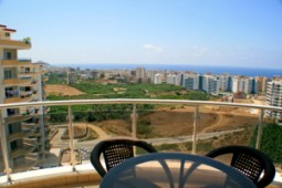 Penthouse apartment with panoramic views for sale in Alanya