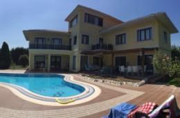 Villa in Buyukcekmece