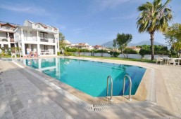 Homes close to beach in Calis