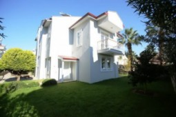 Affordable three bedroom Calis Beach house shared pool