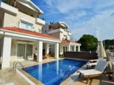 Calis house for sale