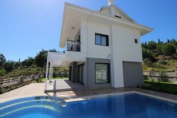 Calis luxury villa for sale