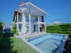 Calis detached house for sale