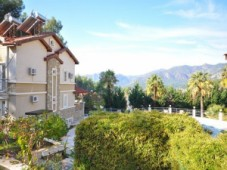 Gocek apartment in the forest for sale