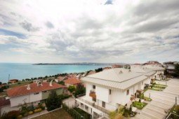 Sea view villas for sale in Istanbul European Side