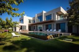 Turkbuku villa for sale