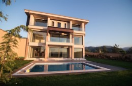 Istanbul villa with Sapanca lake view for sale
