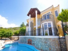 Uzumlu private detached villa for sale