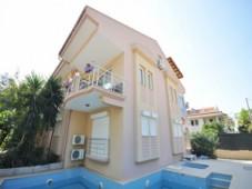 Calis spacious apartment for sale
