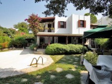 Villa in Yalikavak for sale