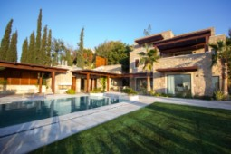 Stunning sea view private mansion for sale in Yalikavak
