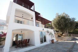 House for sale in yalikavak with seaview