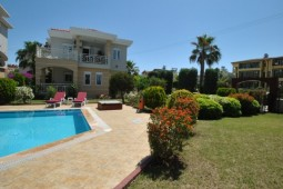 Side villa for sale with pool