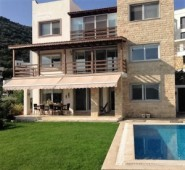 Villa for sale in Torba