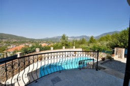 Mountain and valley view villa in Uzumlu for sale