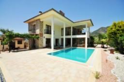 Uzumlu detached villa for sale