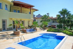 Panoramic views villa for sale in Alanya