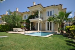 Private pool villa for sale in Calis