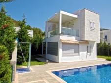 Yalikavak detached villa for sale